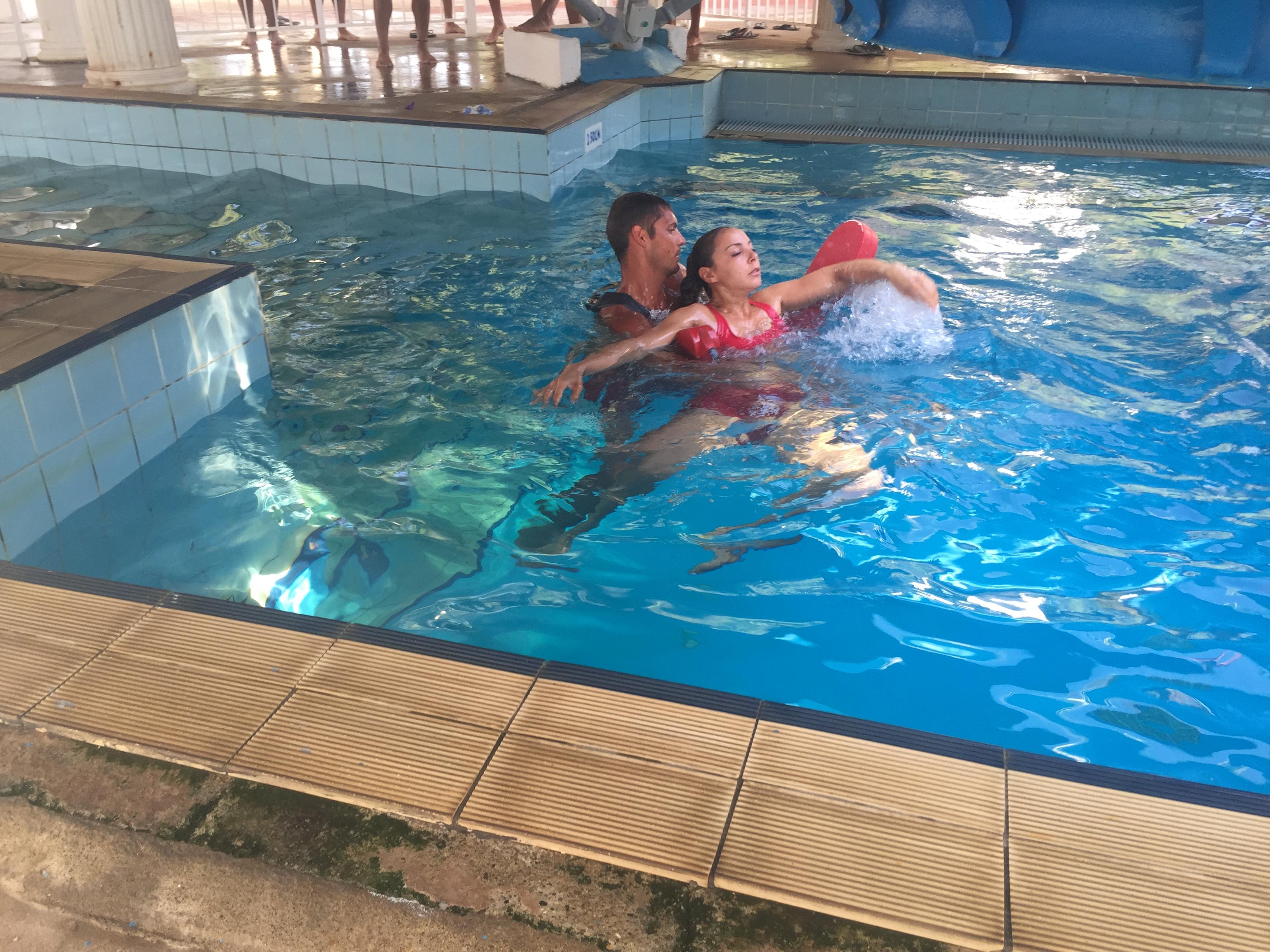 Scenario training at deep pool